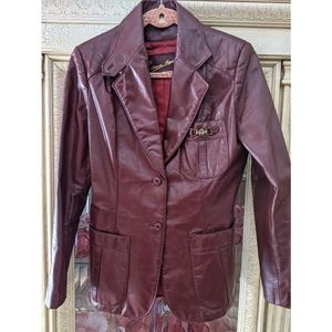 Vintage Etienne Aigner Burgundy Leather Jacket 12